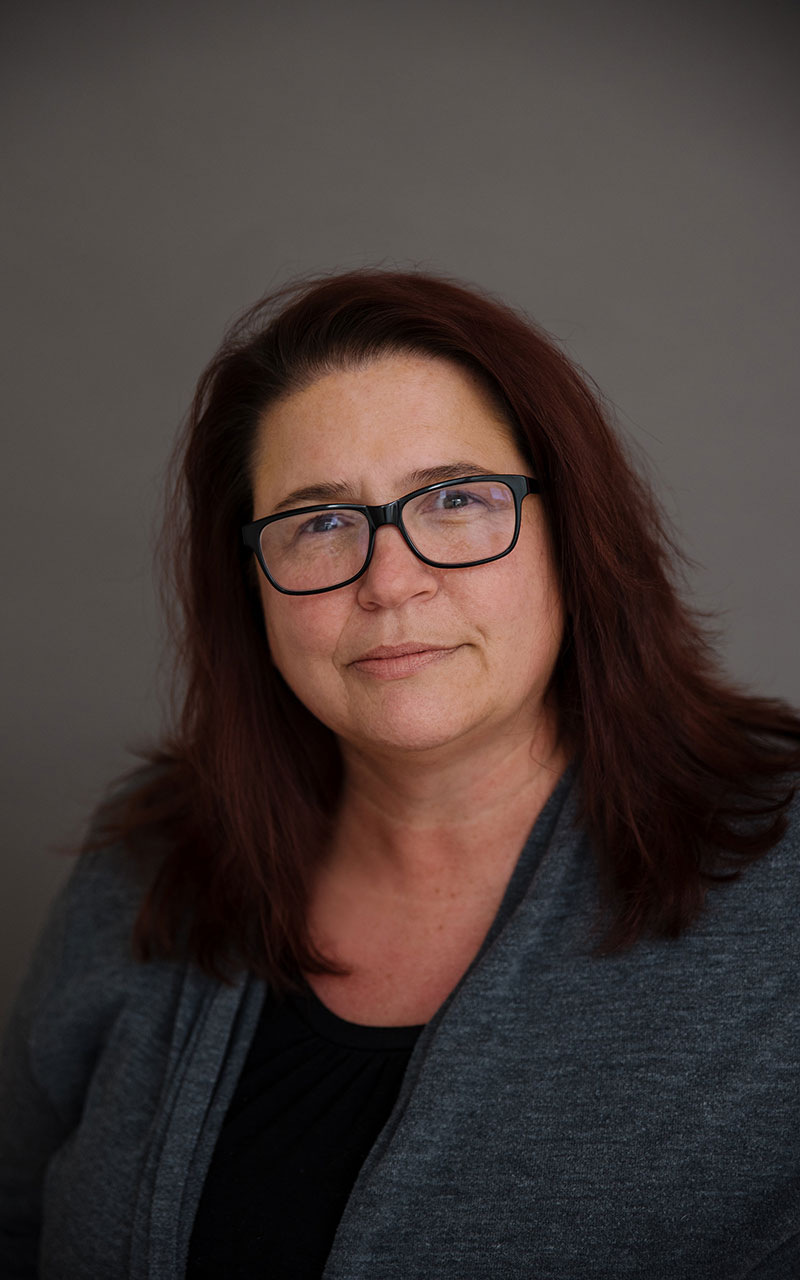 Erika L. Shellhammer Headshot